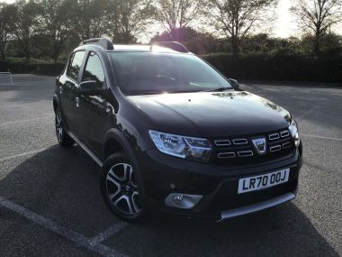 Dacia Sandero Stepway Hatchback Special Edition 1.0 Tce Se Twenty Stepway 5dr Bi Fuel Manual (s/s) (100 Ps)